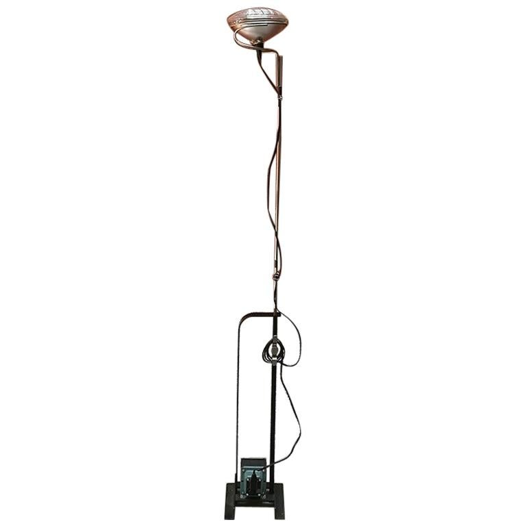 Italian Toio floor lamp by Achille and Pier Giacomo Castiglioni for Flos, 1962 For Sale