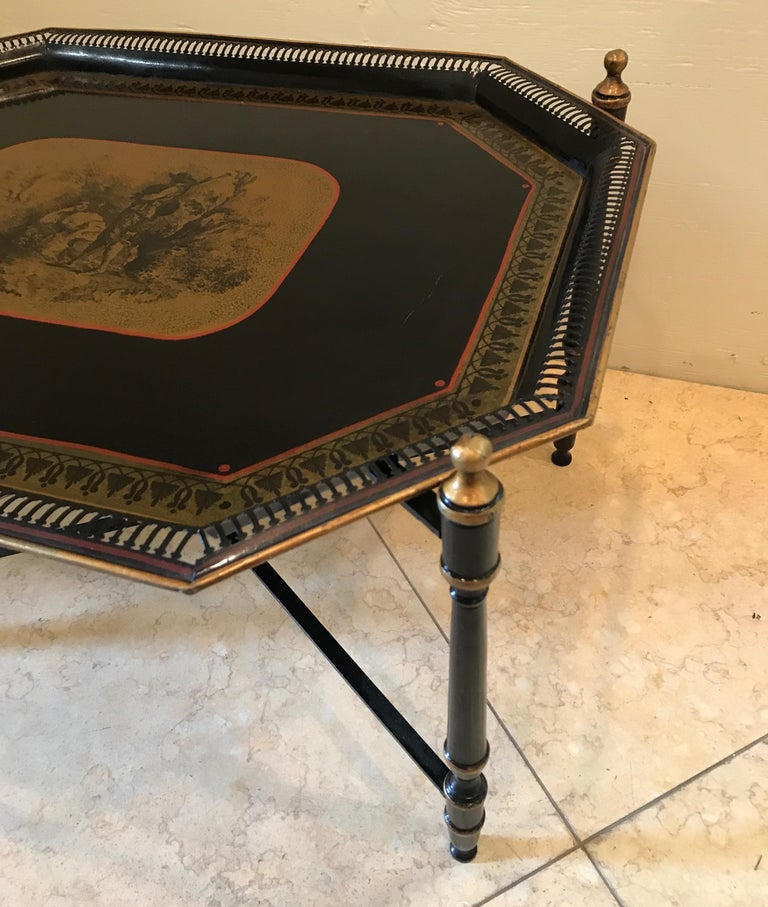Italian Tole Tray Table In Good Condition For Sale In West Palm Beach, FL