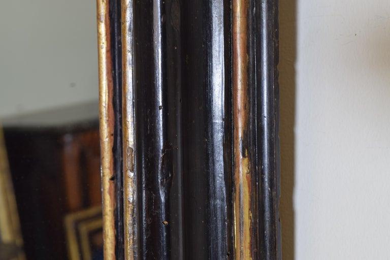 Italian, Toscana, Giltwood and Ebonized Mirror, Mid 17th Century For Sale 2