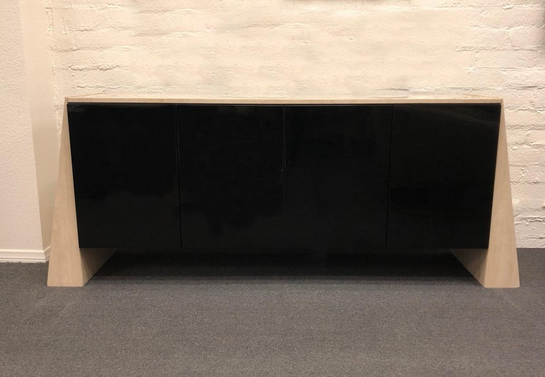 Modern Italian Travertine and Black Lacquered Credenza For Sale