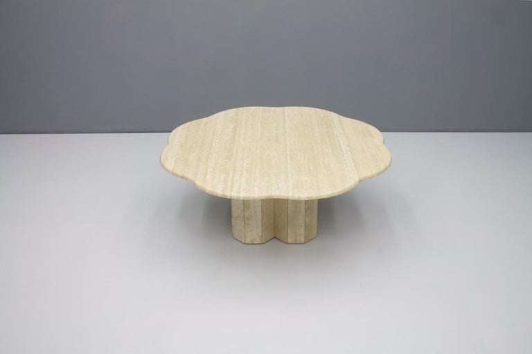 Beautiful travertine coffee table Italy 1970s. Very good condition.