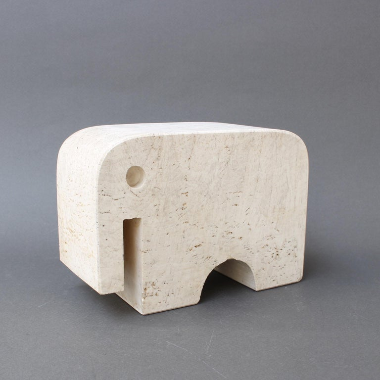 Italian Travertine Elephant Sculpture by Fratelli Mannelli, circa 1970s In Good Condition For Sale In London, GB