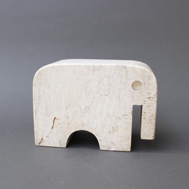 Italian Travertine Elephant Sculpture by Fratelli Mannelli, circa 1970s For Sale 1