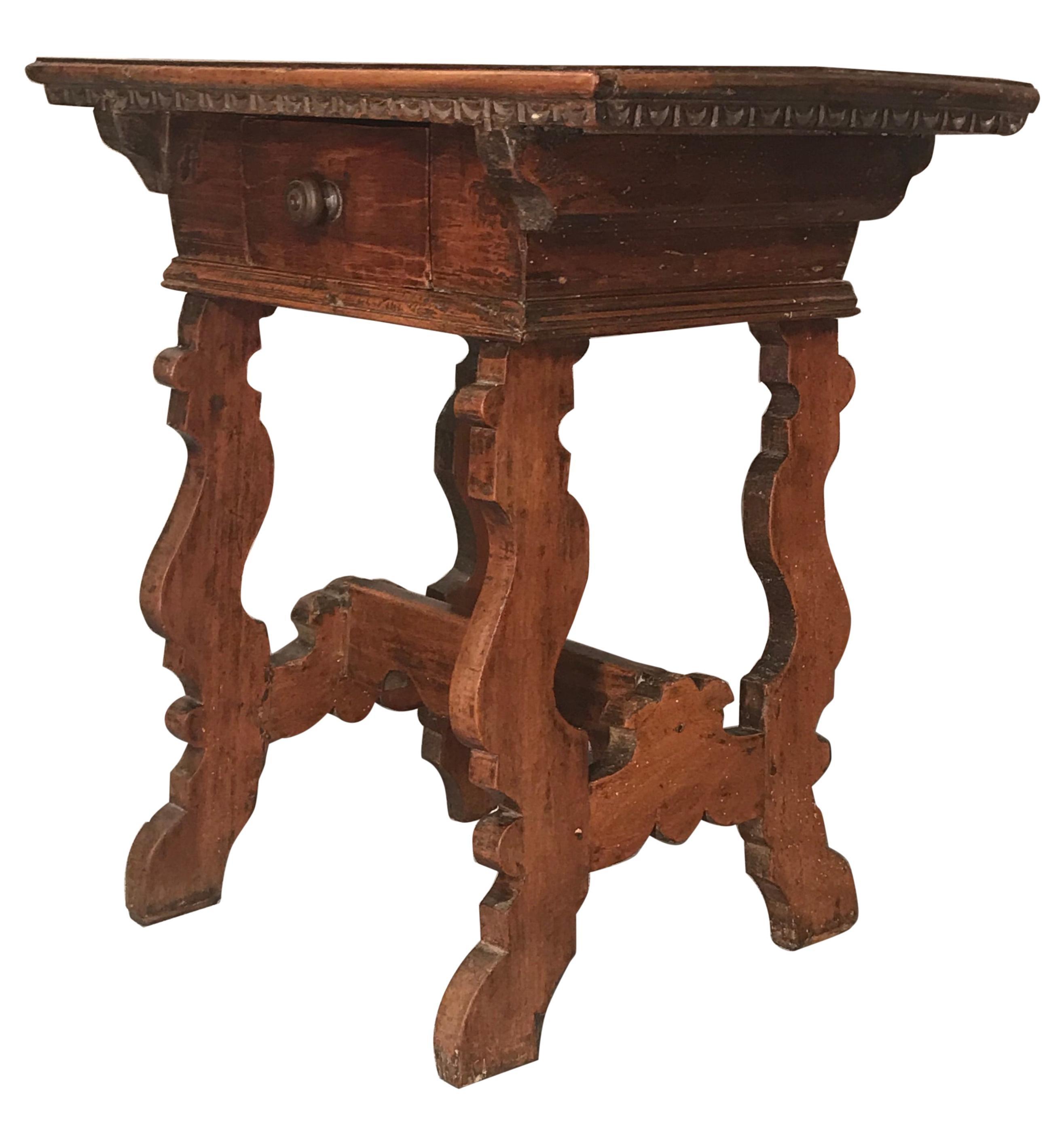 Italian Trestle Side Table, 17th Century, Walnut