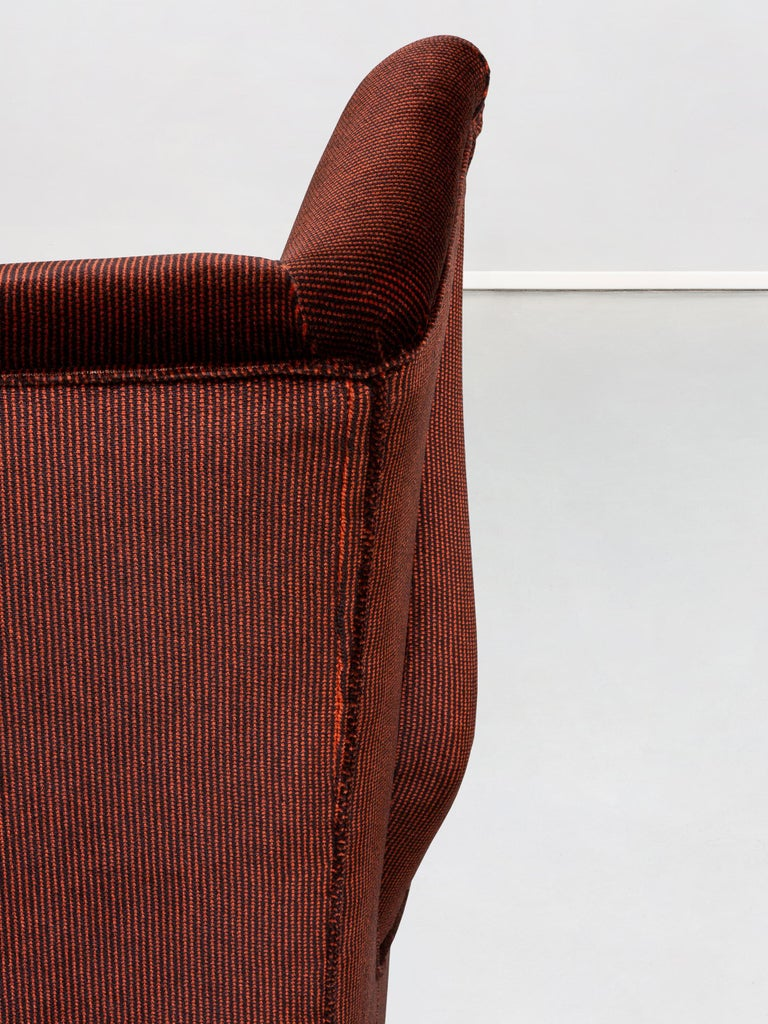 Italian Two-Seat Sofa in Red Corduroy Velvet by Grand Hotel Duomo Milano, 1950 For Sale 4