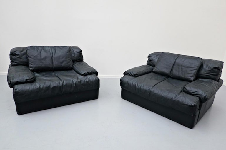 Italian Two-Seat Sofa, Leather, 1960s For Sale 9