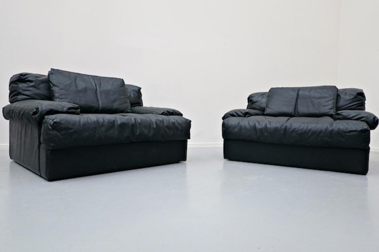 Italian Two-Seat Sofa, Leather, 1960s For Sale 10