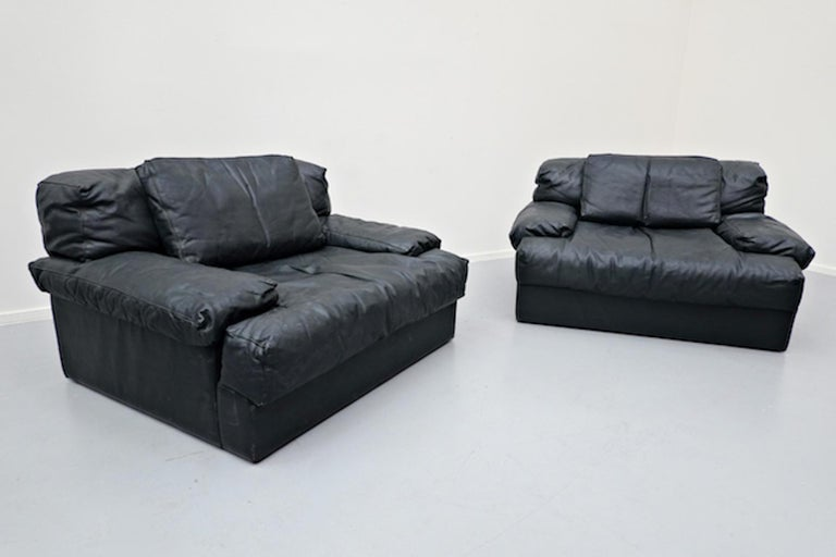 Italian Two-Seat Sofa, Leather, 1960s For Sale 11