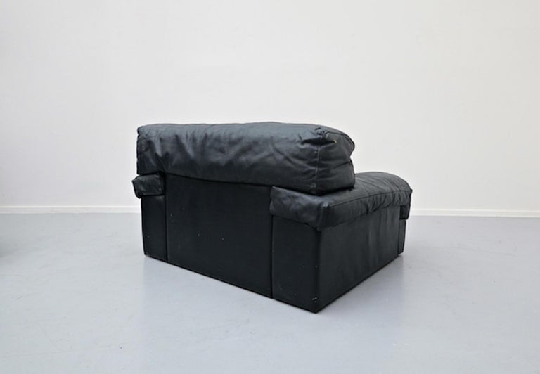 Italian Two-Seat Sofa, Leather, 1960s For Sale 14