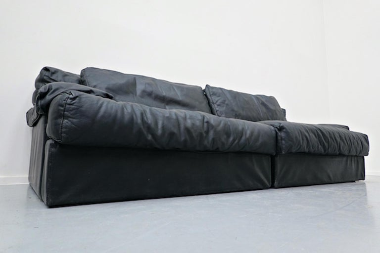 Italian Two-Seat Sofa, Leather, 1960s For Sale 4