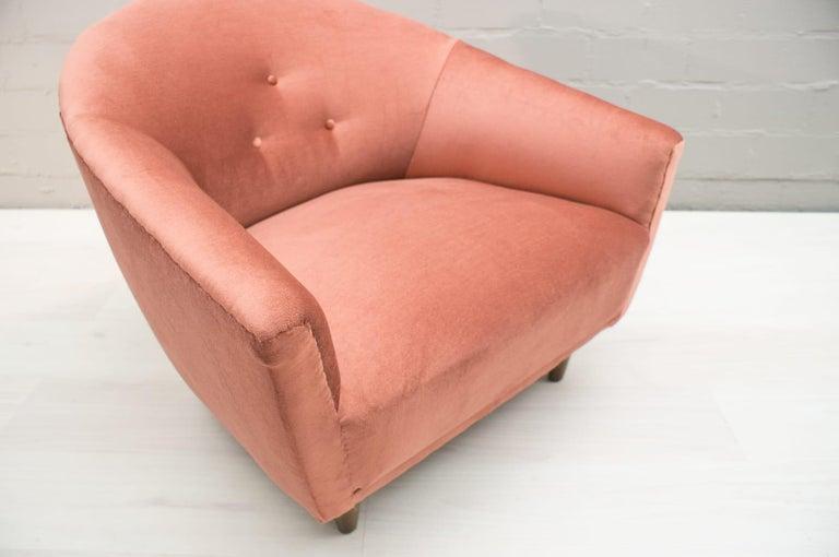 Italian Velvet Living Room Set, 3-Seat Sofa and 2 Armchairs 1960s For Sale 13