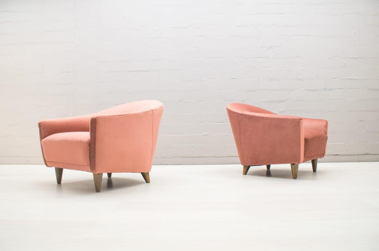 Mid-20th Century Italian Velvet Living Room Set, 3-Seat Sofa and 2 Armchairs 1960s For Sale
