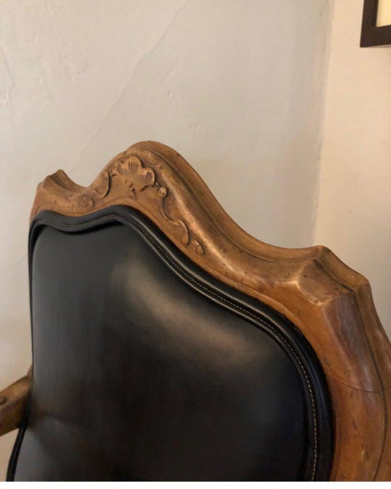 Leather Italian Venetian Carved Louis XV Armchair For Sale