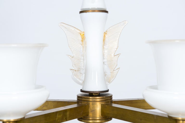 Italian Venetian, Chandelier, Blown Murano Glass, White and Brass, De Majo 1970s For Sale 4