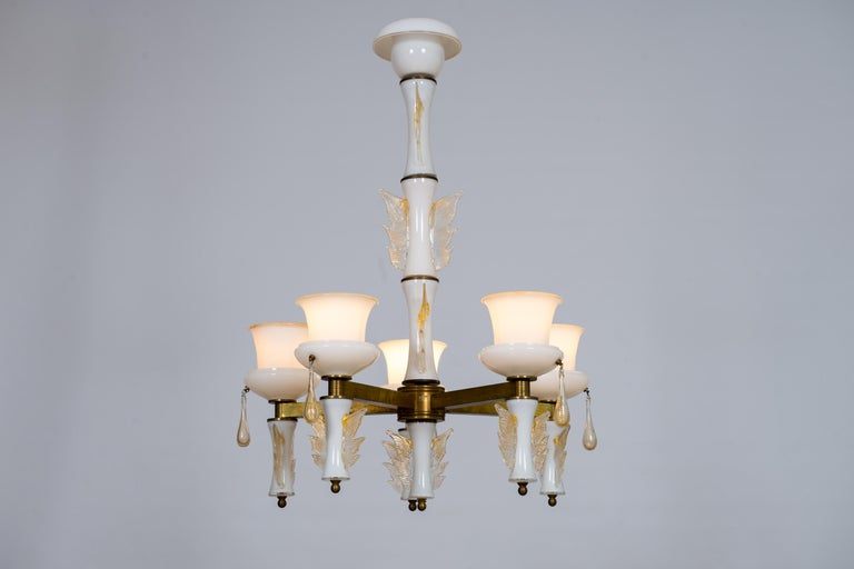 Italian Venetian, Chandelier, Blown Murano Glass, White and Brass, De Majo 1970s For Sale 9
