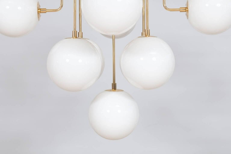 Venetian, Chandelier, Flush Mount, Blow Murano Glass, Brass, White, 21st Century In New Condition For Sale In Villaverla, IT