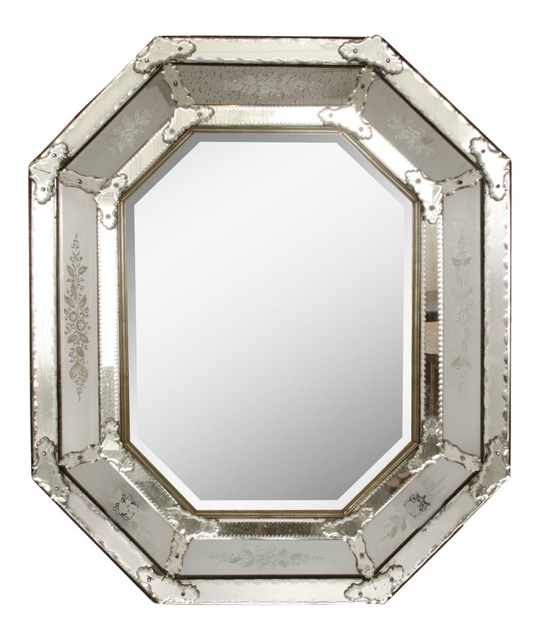 Italian Venetian Mirror with Etched Details In Good Condition For Sale In Locust Valley, NY