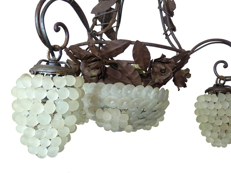 Frosted Italian Venetian Murano Art Deco White Grapes and Forged Iron Leaves Chandelier For Sale