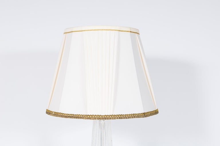 Pair of Table Lamps in Blown Murano Glass clear color and Silver finishes, 1980s In Excellent Condition For Sale In Villaverla, IT