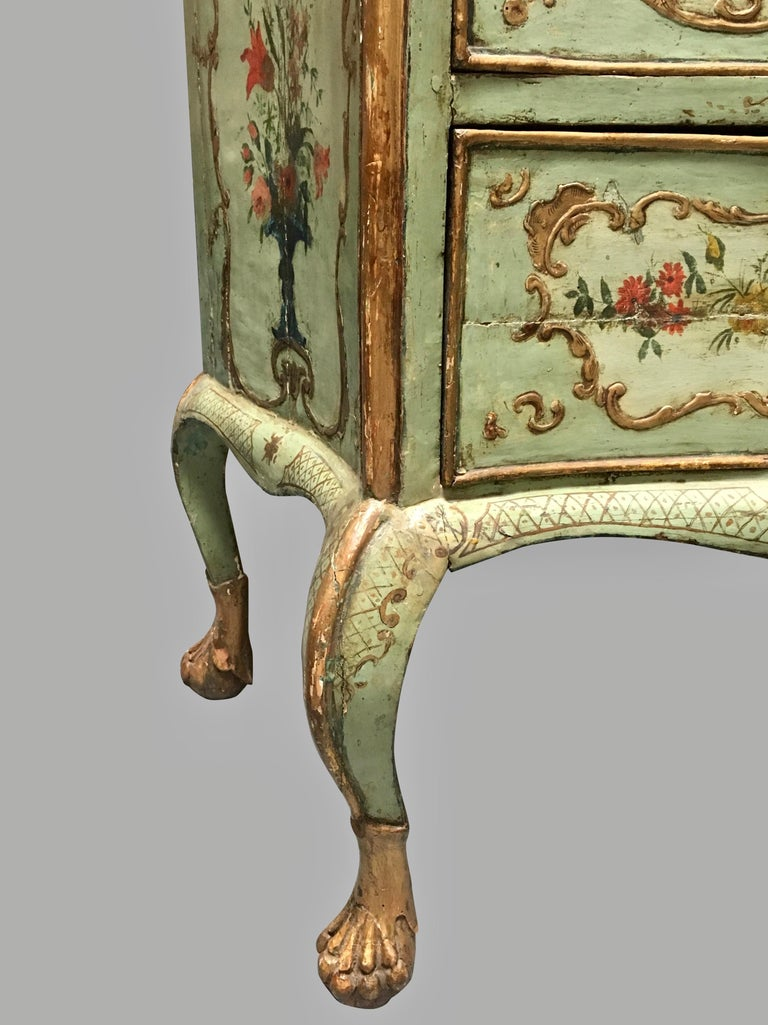 Italian  Venetian Rococo Style Serpentine Painted Commode For Sale