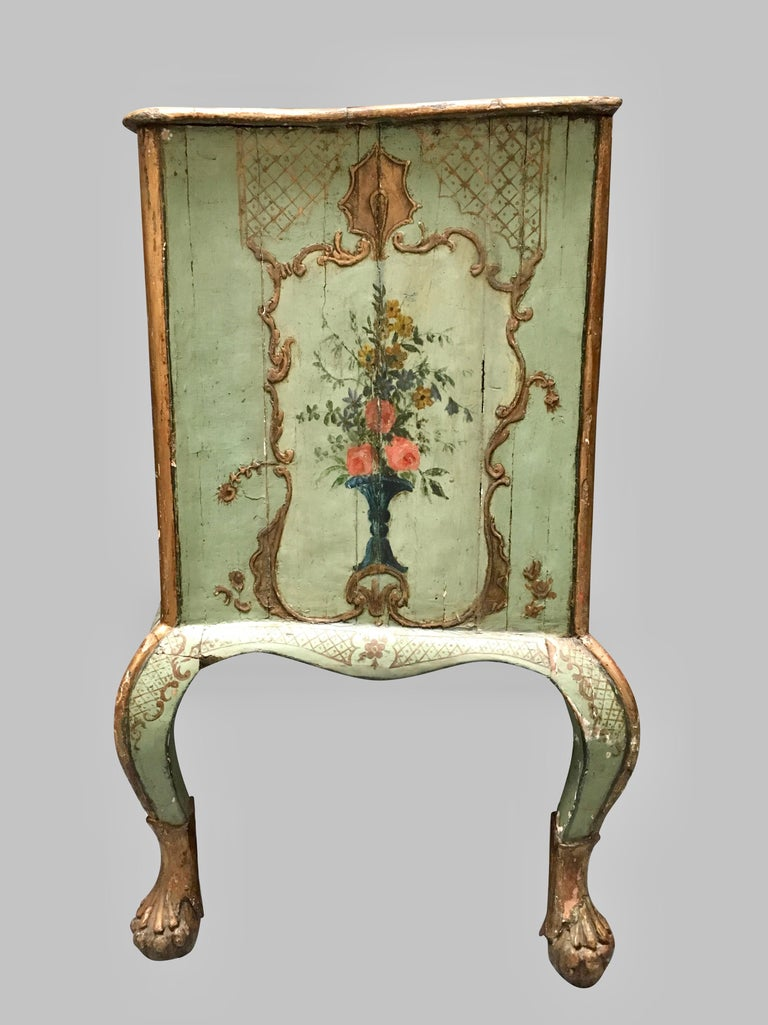 19th Century  Venetian Rococo Style Serpentine Painted Commode For Sale