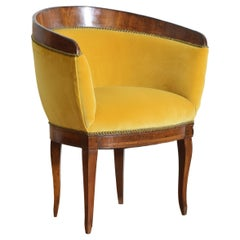 Italian, Veneto, Neoclassic Walnut & Upholstered Barrel Form Chair, early 19thc