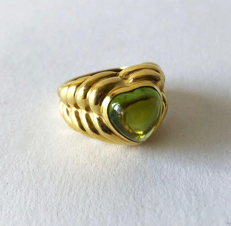 Artisan Italian Vesco 18 Karat Gold Peridot Heart Love Ring For Sale