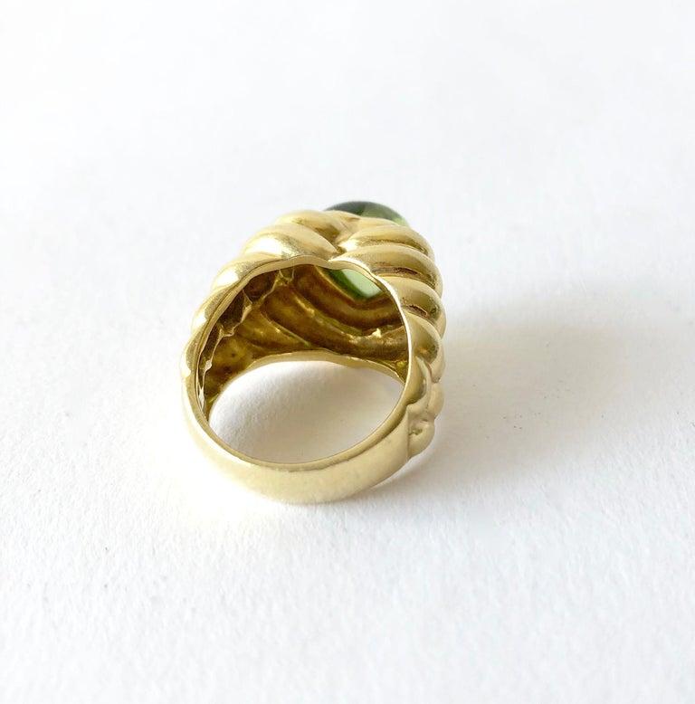 Women's Italian Vesco 18 Karat Gold Peridot Heart Love Ring For Sale