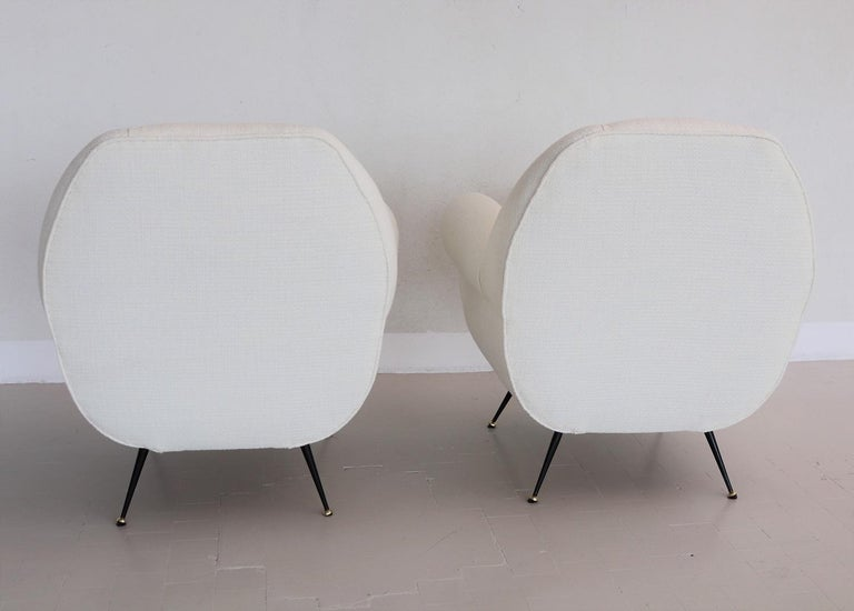 Italian Midcentury Armchairs in White Upholstery and Brass Stiletto Feet, 1960s For Sale 8