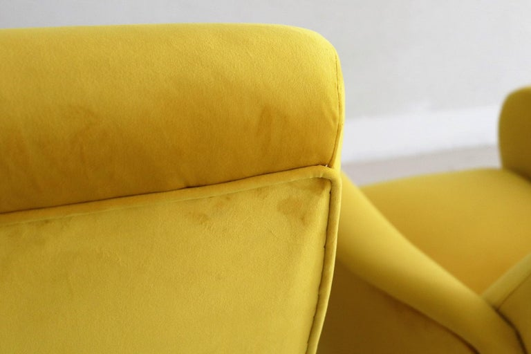 Italian Vintage Armchairs in Yellow Velvet and Brass Stiletto Feet, 1950s For Sale 5