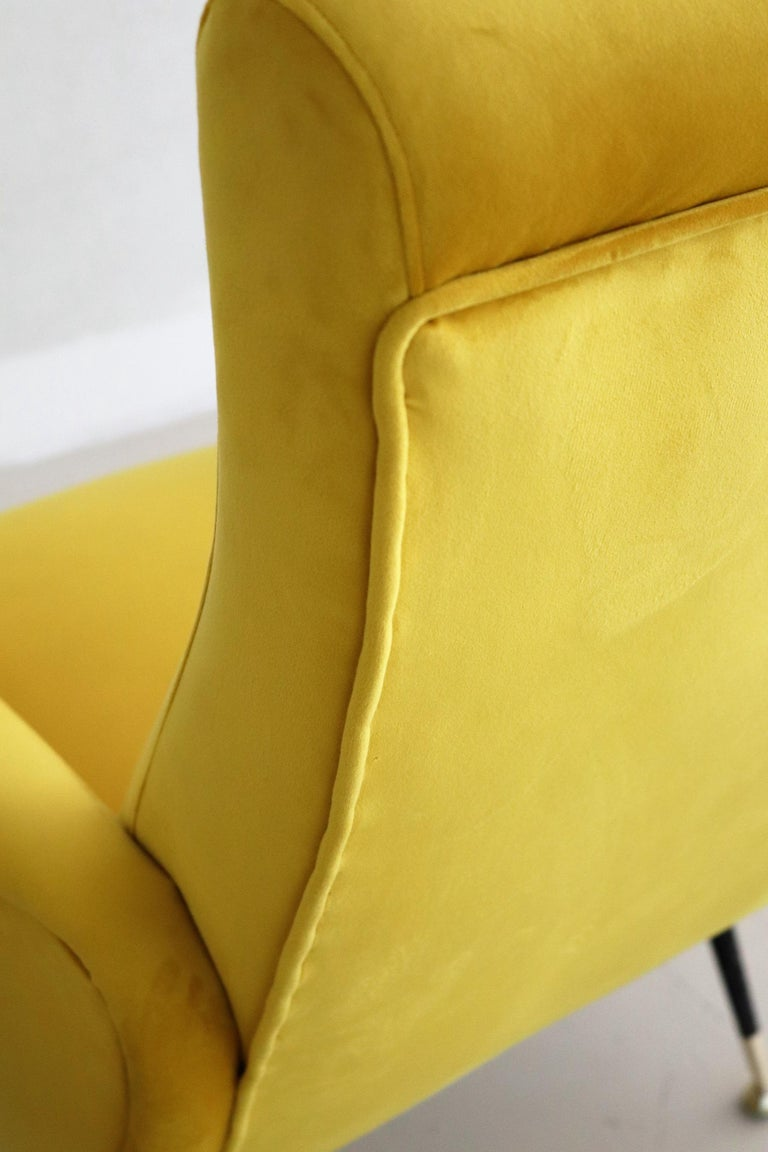 Italian Vintage Armchairs in Yellow Velvet and Brass Stiletto Feet, 1950s For Sale 6