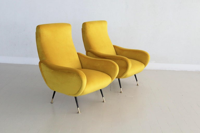 Italian Vintage Armchairs in Yellow Velvet and Brass Stiletto Feet, 1950s For Sale 14