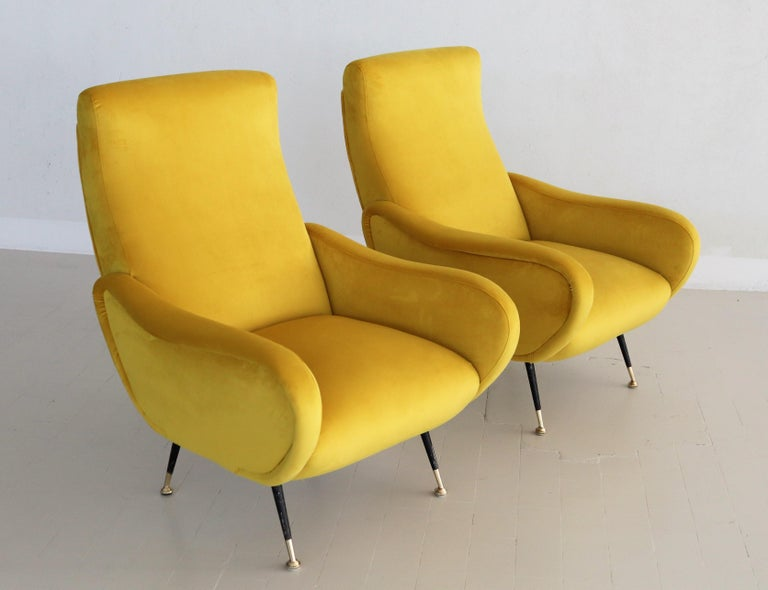Italian Vintage Armchairs in Yellow Velvet and Brass Stiletto Feet, 1950s For Sale 15