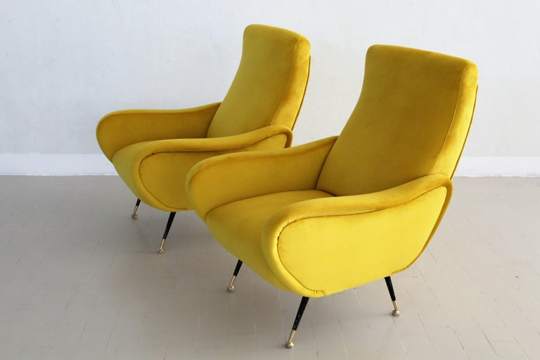 Italian Vintage Armchairs in Yellow Velvet and Brass Stiletto Feet, 1950s For Sale 1