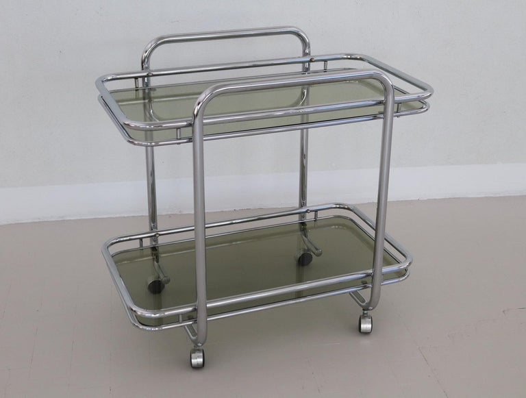 Italian Vintage Chrome Bar Cart or Serving Trolley, 1970s In Good Condition In Clivio, Varese