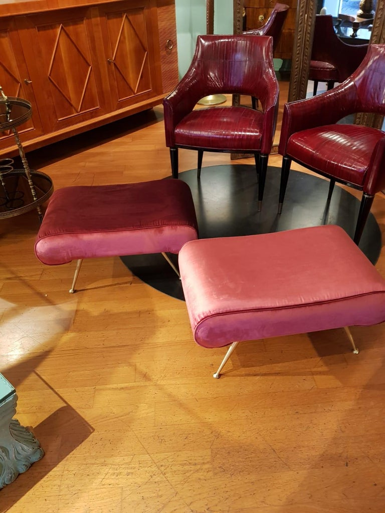 Italian Vintage Magenta Velvet Brass Legs Stool or Bench, 1950s For Sale 6