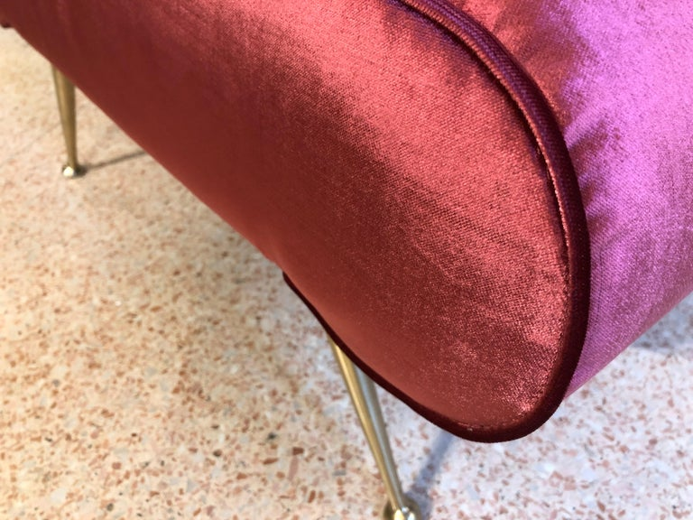 Italian Vintage Magenta Velvet Brass Legs Stool or Bench, 1950s For Sale 3