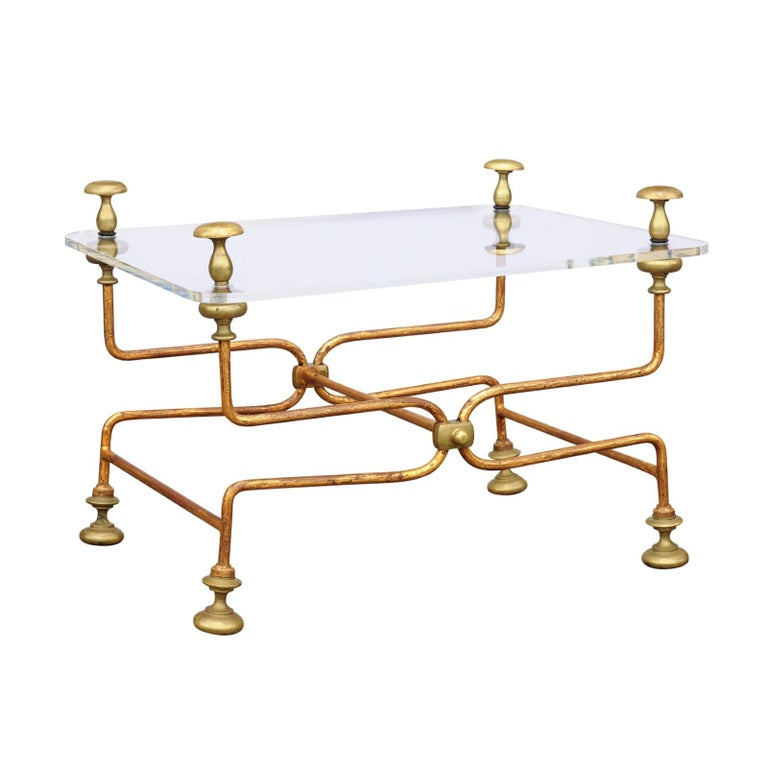 Italian Vintage Midcentury Brass Cocktail Table with Lucite Top and Looping Base For Sale
