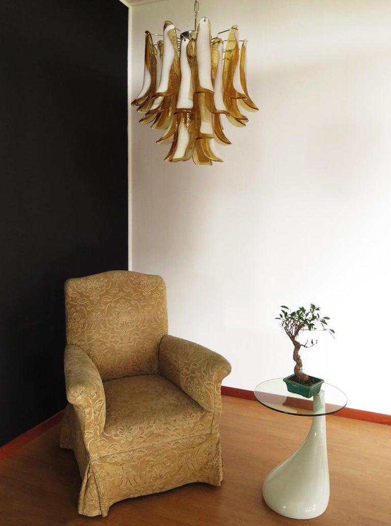 Italian Vintage Murano Chandelier, 26 Amber Glass Petals 1