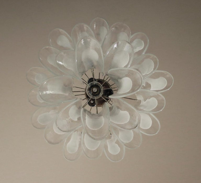 Late 20th Century Italian Vintage Murano Chandelier, 26 Glass Petals
