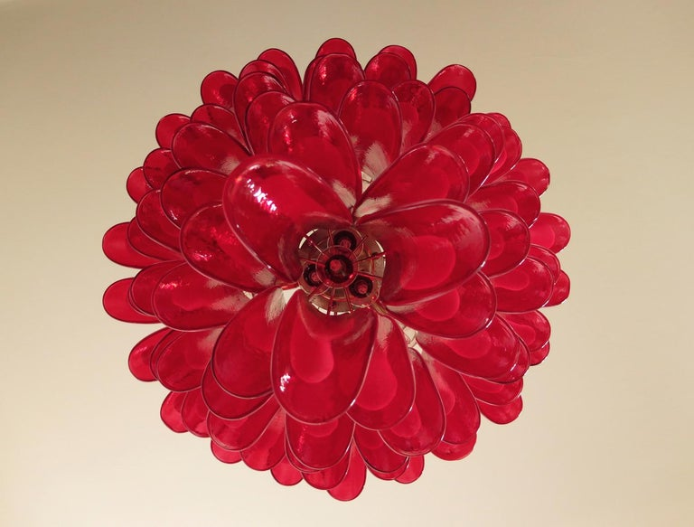 Italian vintage Murano chandelier in the manner of Mazzega - 75 red glass petals 4