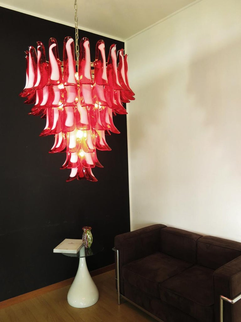 Italian vintage Murano chandelier in the manner of Mazzega - 75 red glass petals 2