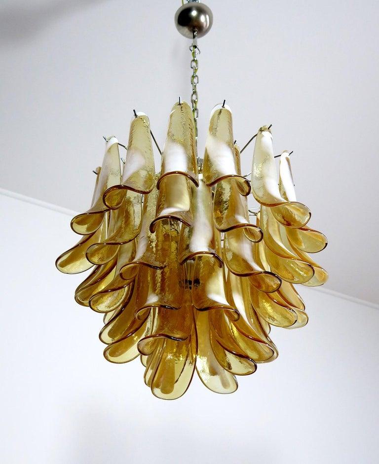 Italian Vintage Murano Chandelier, Mazzega, 41 Caramel Lattimo Glass Petals 1