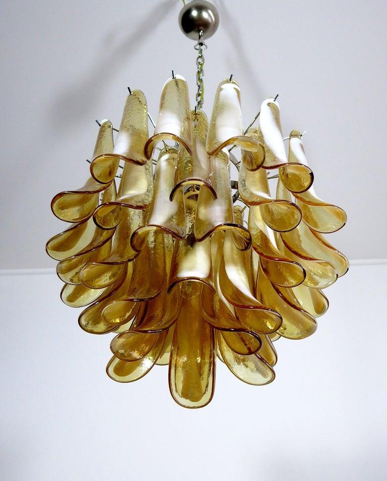 Italian Vintage Murano Chandelier, Mazzega, 41 Caramel Lattimo Glass Petals 2