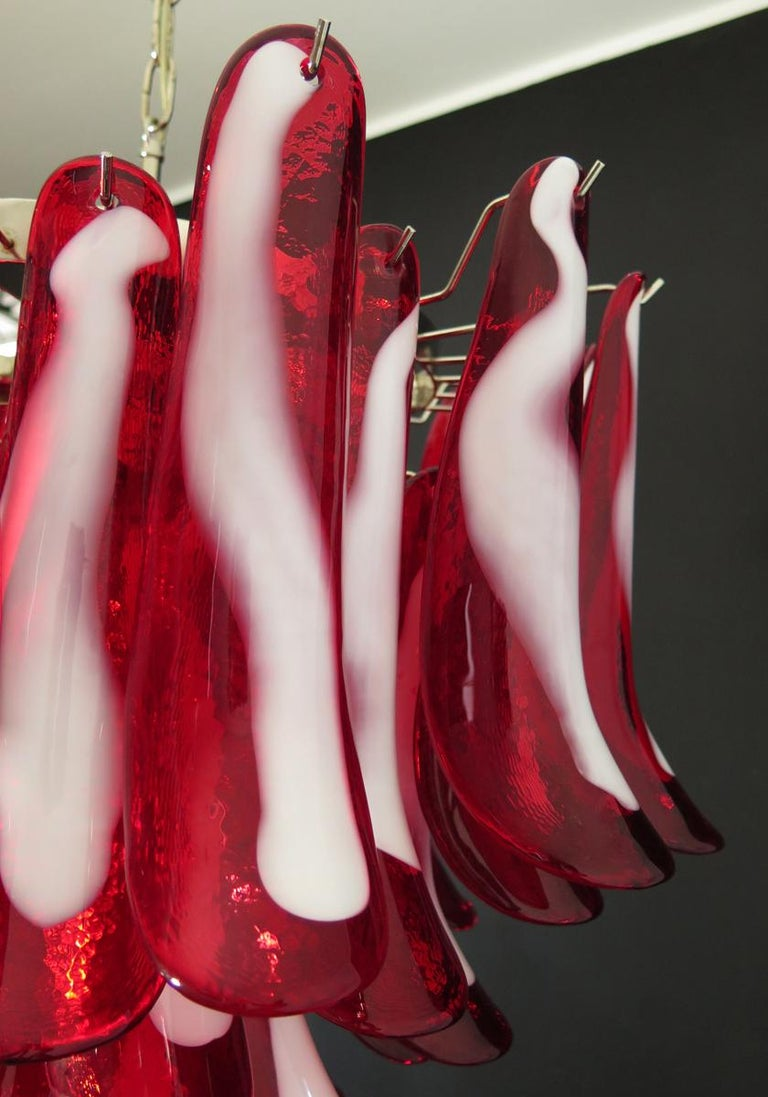 Italian Vintage Murano Chandelier, Mazzega, 53 Red Lattimo Glass Petals 3
