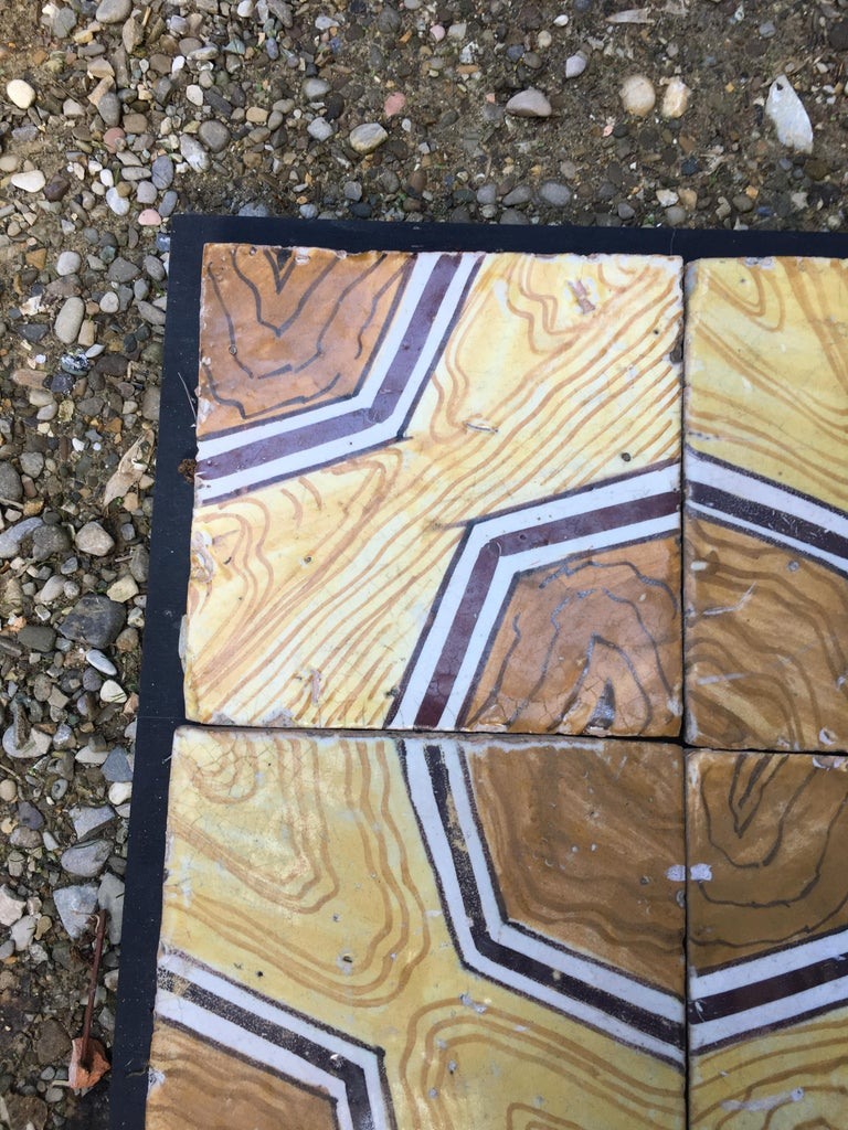 Italian Vintage Reclaimed Decorated Tiles from Early 20th Century For Sale 1