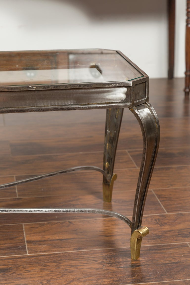 Italian Vintage Steel and Bronze Coffee Table with Glass Top and Feathery Finial For Sale 2