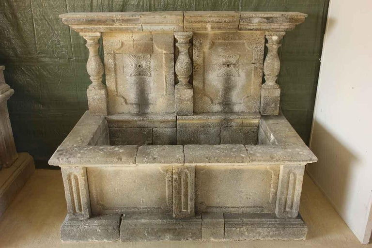 Louis XIV Italian Wall Fountain 3 Columns Handcrafted Limestone, Late 20th Century, Italy For Sale
