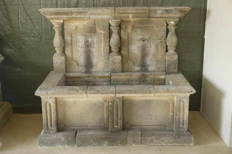 Italian Wall Fountain 3 Columns Handcrafted Limestone, Late 20th Century, Italy For Sale 3