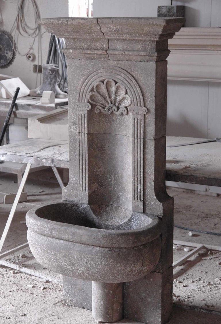 Contemporary Italian Wall Fountain Handcrafted Limestone, 21st Century For Sale